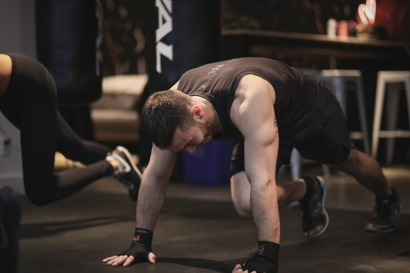 MONDAY WORKOUT ROUTINE – Home HIIT