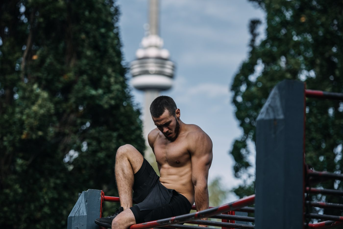MONDAY WORKOUT ROUTINE – Arms & Abs